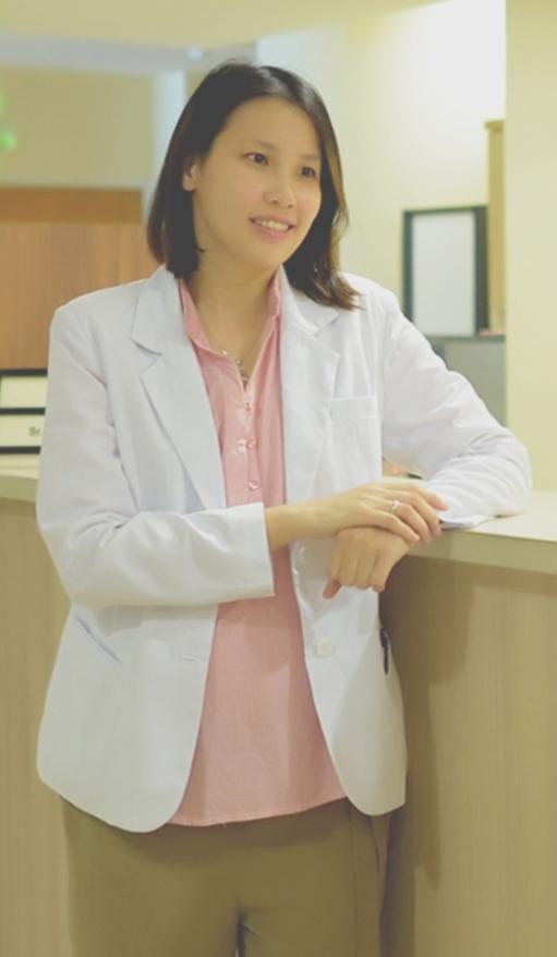 dr.Nora Taofik,SpKFR